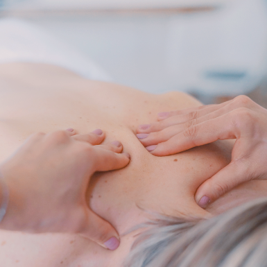 huile essentielle massage